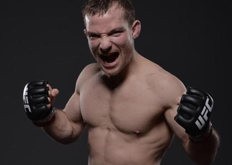 Zach Makovsky UFC 206